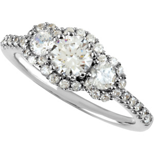 Engagement Ring, Round Diamonds